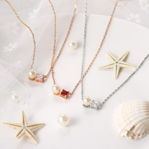 ZHOUYANG Imitation Pearl Pendant Necklaces For Women Elegant OL Style Zircon Clavicle Chain Birthday Gift Fashion Jewelry N083