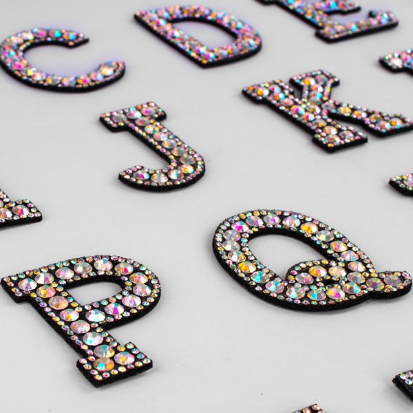A-Z 1pcs Rhinestone English Alphabet Letter Applique 3D Iron On letters Patch For Clothing Badge Paste For Clothes Bag Shoes
